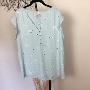 Blue XL LOFT floral button blouse. Sleeveless